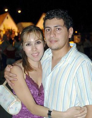 Nashely y Gerardo Murillo.