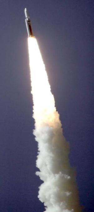 Imagen del lanzamiento del cohete Titan IV B.