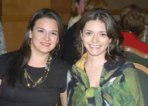 Cecy de Fernández y Liz de Rodríguez.