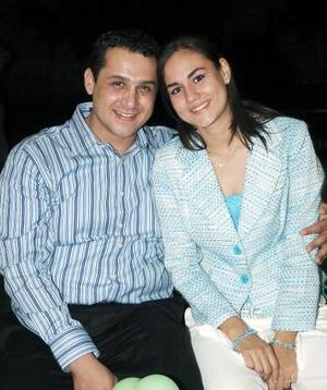 <b>18 de octubre 2005</b><p> Jaime Solís y Corina  Godoy Ramos Clamont.