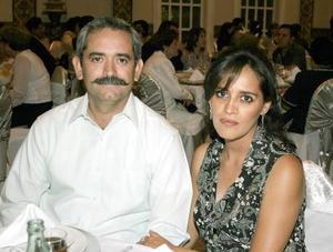 José Luis González Barrios y Alejandra Valenzuela.