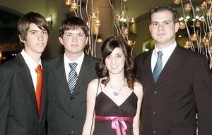 David, Mauricio, Irma y Ernesto Santoscoy.