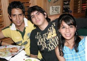 Roberto Chávez, Sami Zain y Elia García.