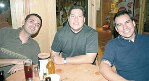 Jesús Handal, Carlos Ruiz y Alejandro Félix.