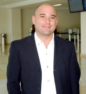 <b>21de octubre 2005</b><p> Gerardo Alonzo llegó procedente de México.