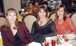 Betty Rivett, Lupe Villarreal y Lulú Villarreal.