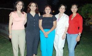 Norma Gamboa, Marcela Medina, Lucy Gramillo, Paz Iduñante y Fabiola del Río.