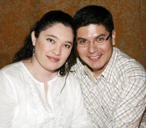 Rosalinda Jiménez y Luis Castro.