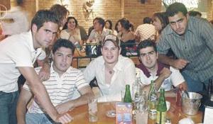 Diego Fernández, Gerardo Viesca, Ronie Bass, Carlos Zavala e Iván Giacomán.