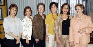 <B>22 de octubre 2005</b><p>  María Eugenia Maléndez, Rosina López Nava, Rosarín Fernandez, Ángeles Armendáriz y Carmen Meléndez.