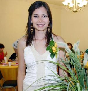 <B>23 de octubre de 2005</b><p> Roxana Chávez Bermudes contraerá matrimonio en breve.