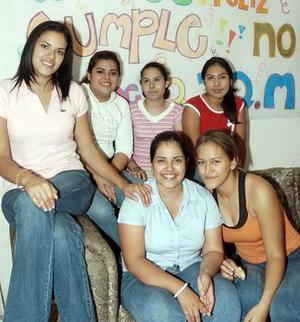 Angelina Martínez Longoria cumplió 18 años, por lo que disfrutó de una divertida fiesta.