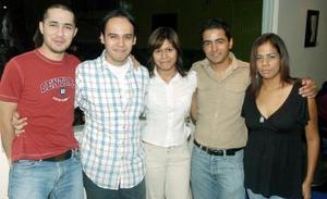 Gabriel Leal, Jesús Flores, Laura García, Fabiola Favila y Benjamín Antúnez.