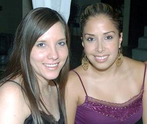 Mariana de Robles y Alejandra Castañeda.