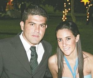Emilio Villarreal y Lorena González.