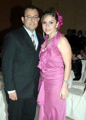 Héctor Ramírez y Verónica Esqueda.