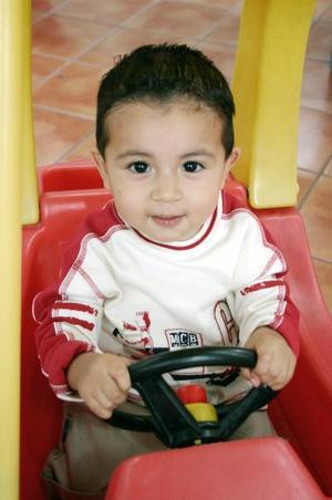 Héctor Abraham García García, captado en un convivio infantil.