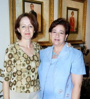Ana Alicia y Ana María de Fernández.