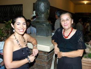 Ana Sofía García Camil y Rosy Gordillo.