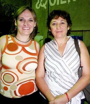 Cuca Aguirre de Canedo y Sonia Aguirre Rodrígue