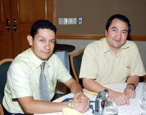 Mundo Rivera y Noé Páez.
