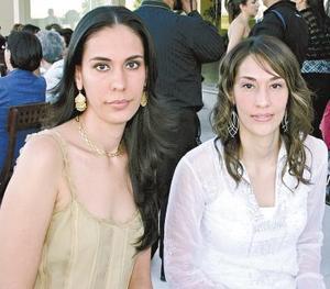 Cecilia y Marcela Beltrán del Río.