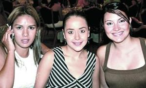 Berta Torres, Fernanda de De la Garza y Silvia de De Aranda.