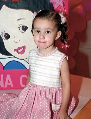 Ana Cristina Ochoa Villalobos fue festejada por sus padres, Macedonio y Janeth Ochoa.