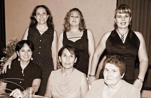 María Teresa de Ibarra, Rocío Truel de Cháirez, María Teresa Guerra de Teruel, Raquel y María del Rosario Díaz Durán.