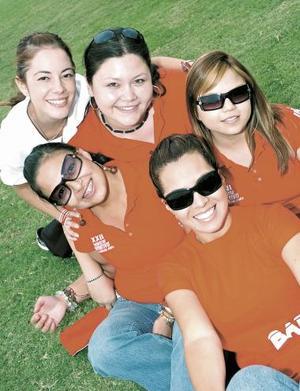 Keila Jalife, Diana Rivera, Malena Viera, Yoselin Gutiérrez y Estrella Ibargüengoitia.