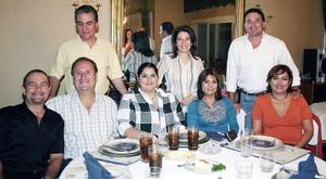 Loenardo Pedraza, Ricardo Berlanga, Hita de Berlanga, Pily de Pedraza, Zaide de Viesca, Víctor Parra, Mayela de Parra y Gabriel Viesca.
