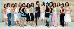 <B>26 de octubre 2005</b><p> Candidatas a Reina de la Preparatoria Vensutiano Carranza.