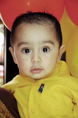 <b>27 de octubre 2005</b><p> El pequeño Juan Mena celebró su cumpleaños y lo celebró con una piñata.