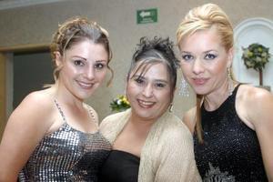 Roxana Paredes, Claudia Delgadillo y Sofía Alanís.
