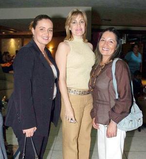 Mayté de Anaya, Rosaura de Quintero y Laura de San Juan.