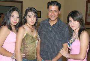 Wendy Ayala, Anaís Ayala, Édgar Díaz y Sugey Ayala