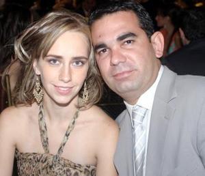 Lizette y Ramón Helguera.