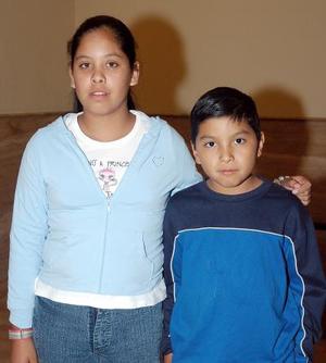 Karla y Juan Rocha.