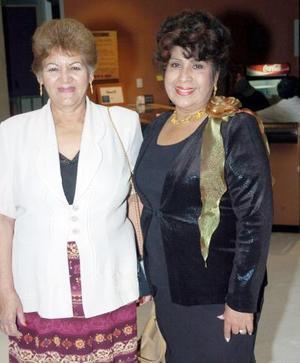 Consuelo Soto e Hilda Antuna.
