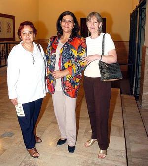 Fina Murra, Chachis Romero y Rebeca Rodríguez.
