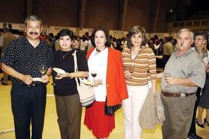 Germán de la Cruz, Guddy de De la Cruz, Chelo de Gómez Palacio, Mayela de Villar y Ernesto Villar.