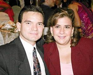 Hugo Villarreal y Mónica de Villarreal.