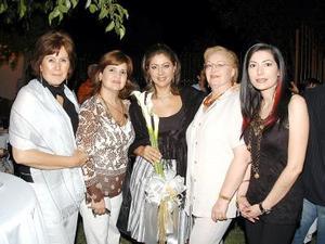 Idaly M. de Chibli, Anabel Garza, María Luisa Berrueto, Querube Lizárraga de Molina y Claudia Cabañas.