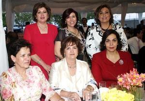 Lupita de Murra, Maru de Kort, Velina de Murra, Maricruz J. de Lechuga, Cristina de Morales y Bertha Martínez de Madero.
