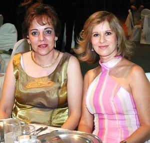 María Rosa Sánchez y Lila García.