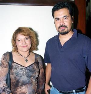 Martha Mayela Lozano y Diddiar Solís Carlos.