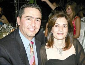 Mauricio Obeso y Mónica Martínez.