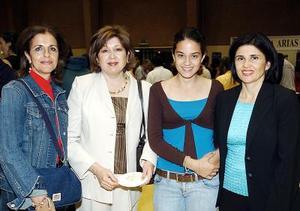 Rocío de Yacamán, Guadalupe de Murra, Daniela Díaz de León Rebollo y Nena de Díaz de León.
