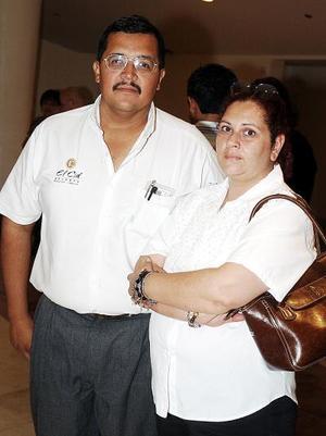 Sergio Tovar Tostado y Silvia Elena Verni Rodríguez.