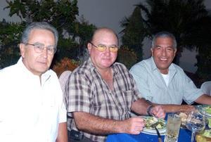 Feliciano Zavala, Ernesto Olhagaray y Alberto López.